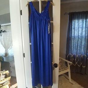 Vintage Vanity Fair Gown NWT!
